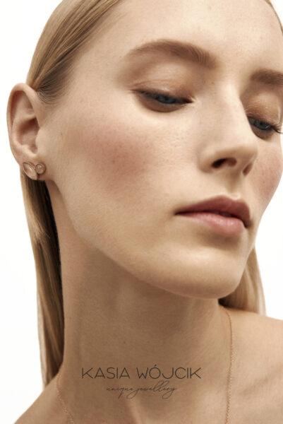 Commercial for Kasia Wojcik Jewellery photographed by Ala Wesolowska